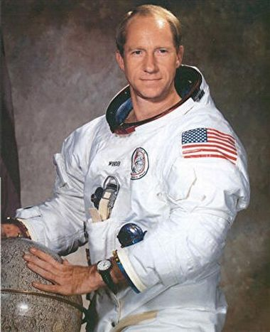 Al-Worden-Apollo-15-Astronaut-has-died